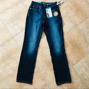 NWT LEVIS JEANS FORM FITTING TUMMY SMOOTHING